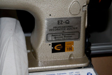 Old School APQS Quilting Machine!!